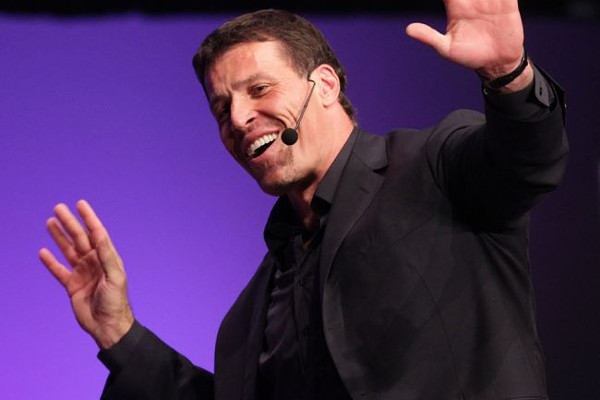 tony_robbins_fire_walk